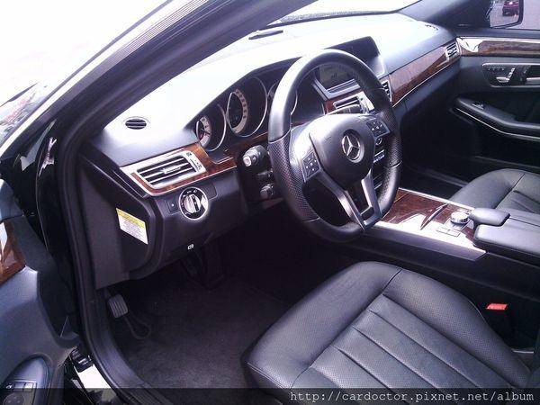 美規外匯車 賓士M-Benz E550 4MATIC接單分享,美規外匯車 賓士M-Benz E550 4MATIC開箱分享,美規外匯車 賓士M-Benz E550 4MATIC評價分享。買賣外匯車推薦建議LA桃園車庫,買賣中古車估價推薦建議請找LA桃園車庫。