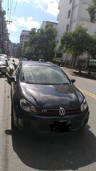 VW福斯汽車2011 golf gti 新竹市中古車估價實例,VW福斯汽車中古車行情及車輛介紹。