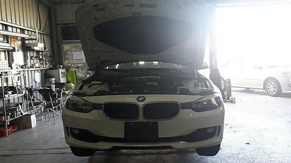 LA✩維修保養日誌BMW 328 F30保養。買賣外匯車推薦建議LA桃園車庫,買賣中古車估價推薦建議請找LA桃園車庫。