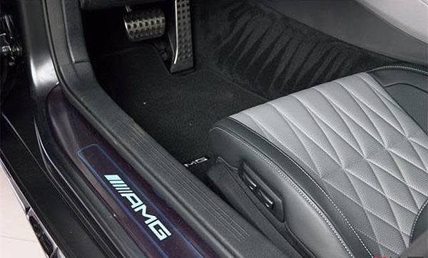 美規外匯車Benz AMG GT C 詳細介紹,美規外匯車Benz AMG GT C開箱分享,美規外匯車Benz AMG GT C評價分享。買賣外匯車推薦建議LA桃園車庫,買賣中古車估價推薦建議請找LA桃園車庫。