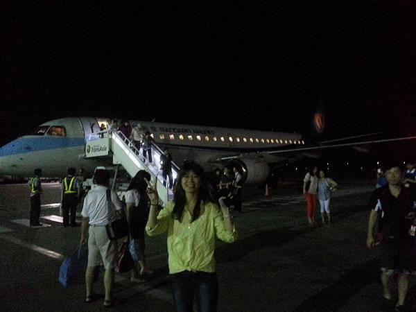 晚上台灣澎湖的夜景都很美,一下子就到了耶!