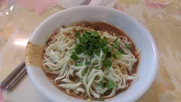 綵宸小吃-麻醬麵
