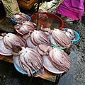 札嘎其市場魚貨1