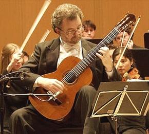 ManuelBarrueco-improv-290.jpg
