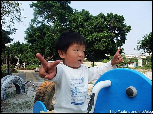 2009_05010308_nEO_IMG.jpg