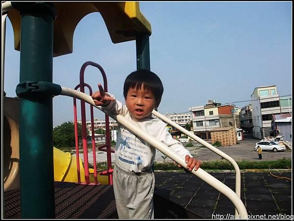 2009_05010259_nEO_IMG.jpg
