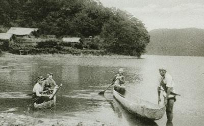 獨木舟,又稱蟒甲