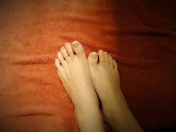"""柏汀妮蔻的""""夏日美足""""讓我竻的腳美美的,配上涼鞋秀上我的美足"""