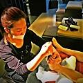 """柏汀妮蔻台北東區spa """"夏日美足""""  【90分鐘】療程內容包括:足浴、消毒、軟化硬皮、修甲、足挫、足底保養。"""