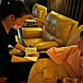 """柏汀妮蔻spa會館,選擇適合的課程""""夏日美足""""  暖手服務真的非常舒服,讓人馬上放鬆"""