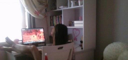 美女在家玩魔獸18
