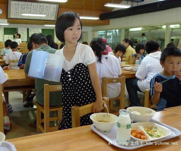 日本小孩進餐 (9).jpg