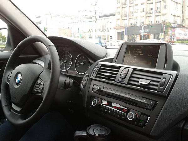 BMW裡面