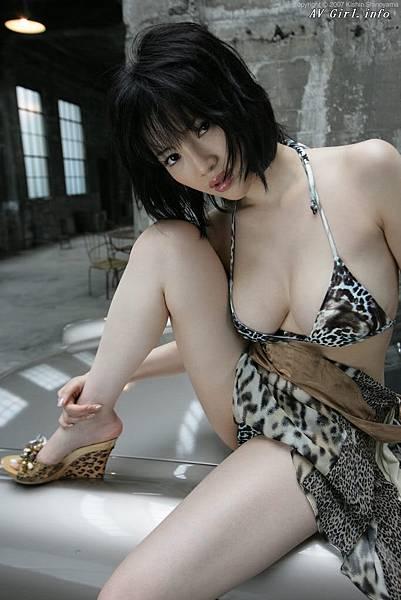 Kishin Shinoyama 森下悠里017-2