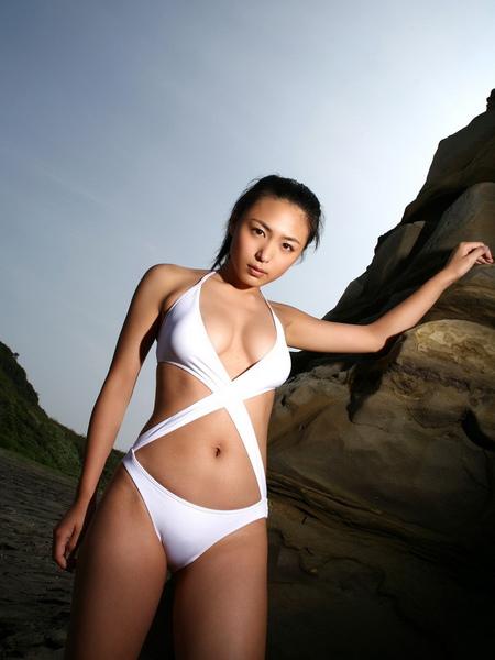 川村由紀惠Yukie Kawamura030