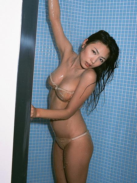 川村由紀惠Yukie Kawamura069