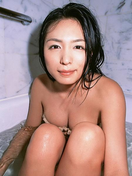 川村由紀惠Yukie Kawamura072