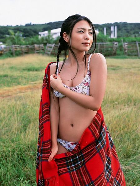 川村由紀惠Yukie Kawamura260
