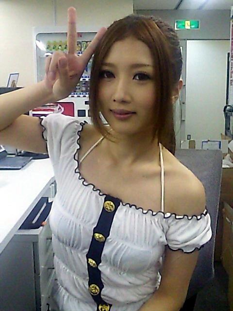 AV女優大槻響071