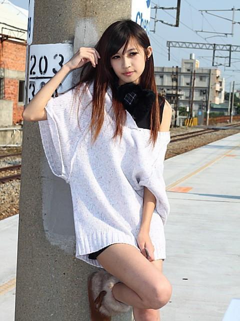 李攸-002