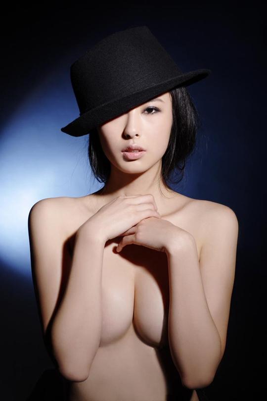 翟凌-050