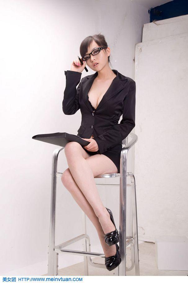 王若伊-073