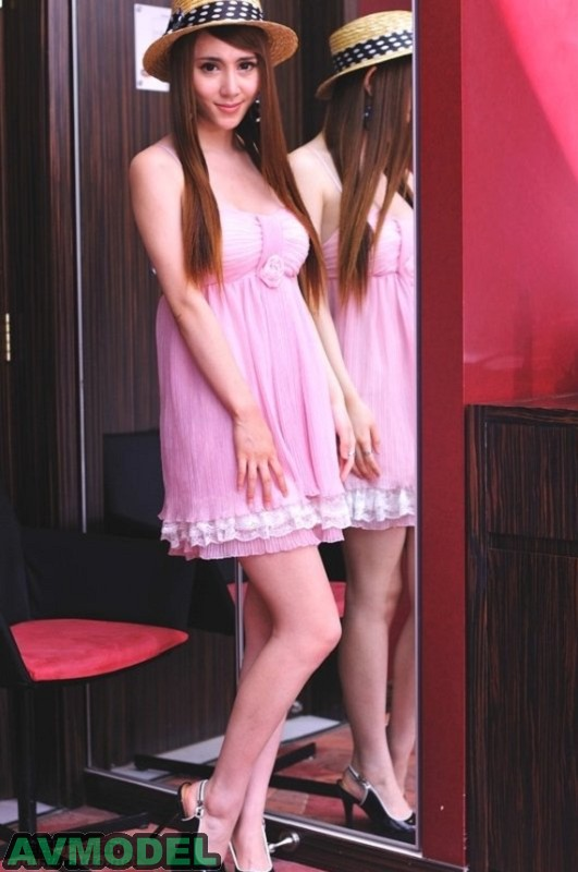 劉美萱(Carolin)030