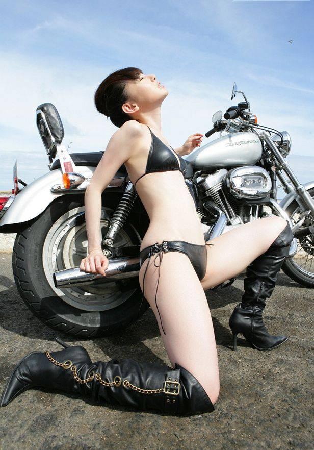 秋山莉奈-029