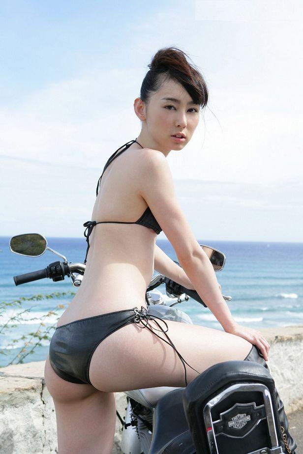 秋山莉奈-030
