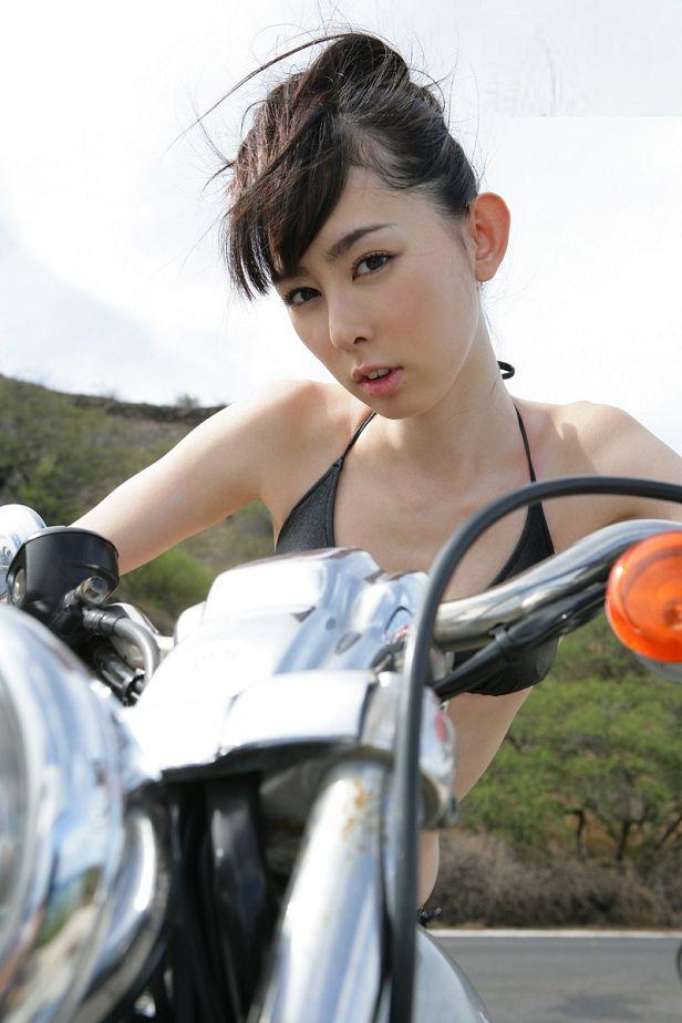 秋山莉奈-031