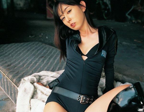 秋山莉奈(Rina Akiyama)009