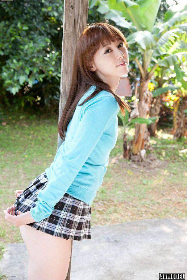 秋山莉奈(Rina Akiyama)037