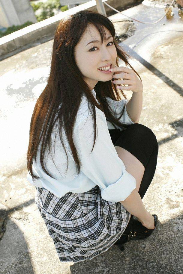 秋山莉奈(Rina Akiyama)046