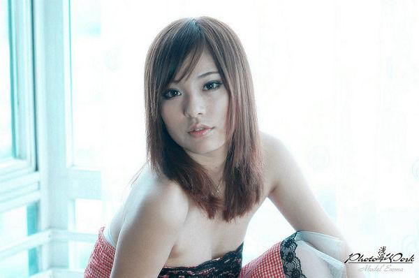 於汶欽EMMA-064