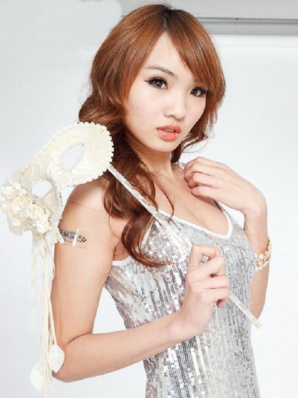 張佳瑩-015