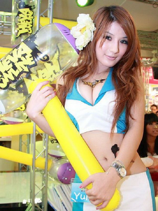 張淇(Yuri)-030