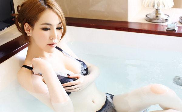 侯詩辰-047