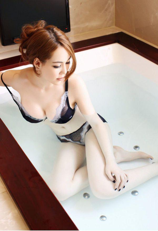 侯詩辰-048