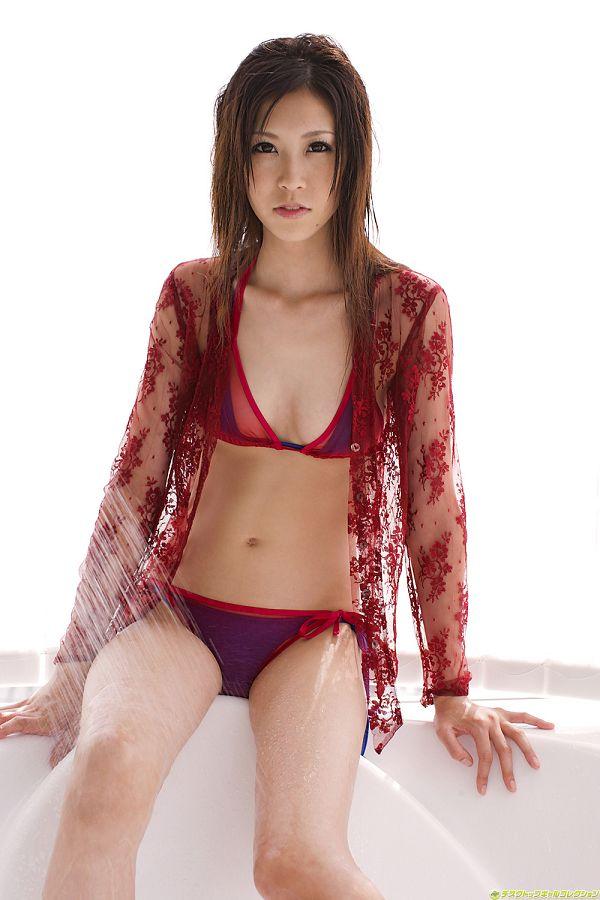 Kotone Amamiya 雨宮琴音 -112