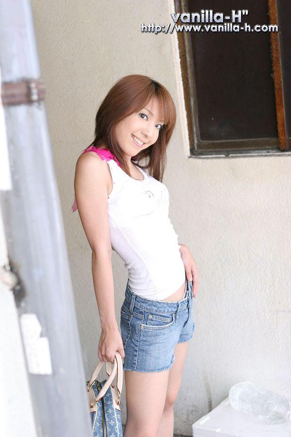 Yuuna Shiomi 汐見優奈-002