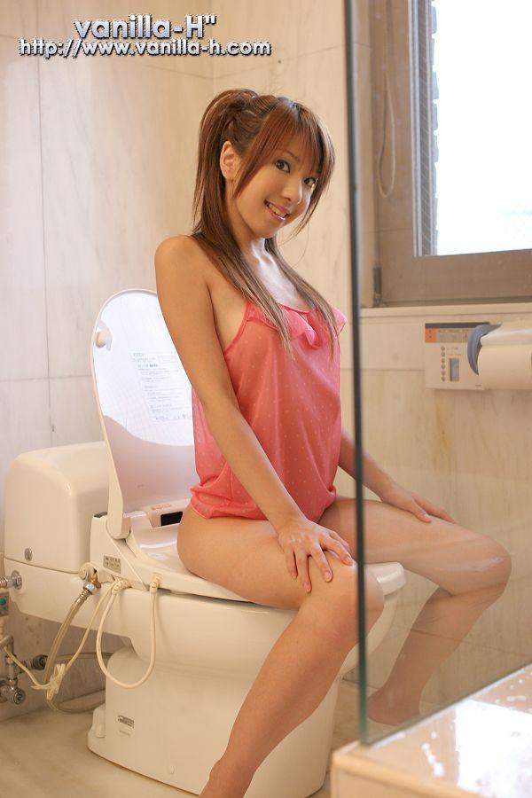 Yuuna Shiomi 汐見優奈-070