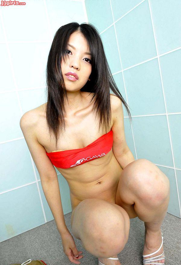 Natsumi Hinata日向夏見-003