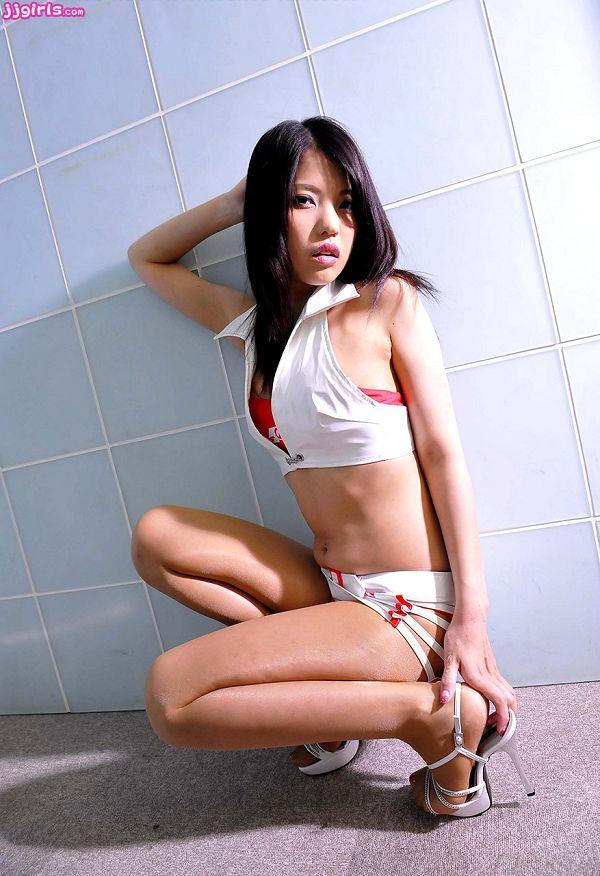 Natsumi Hinata日向夏見-005