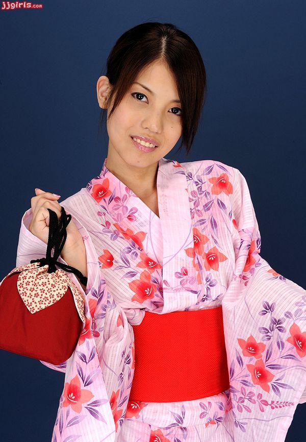 Natsumi Hinata日向夏見-034