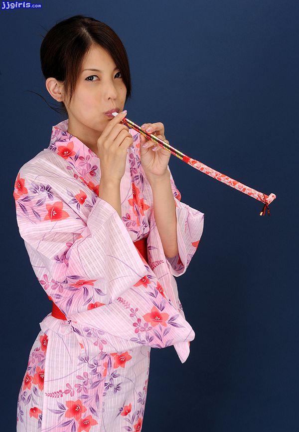 Natsumi Hinata日向夏見-033