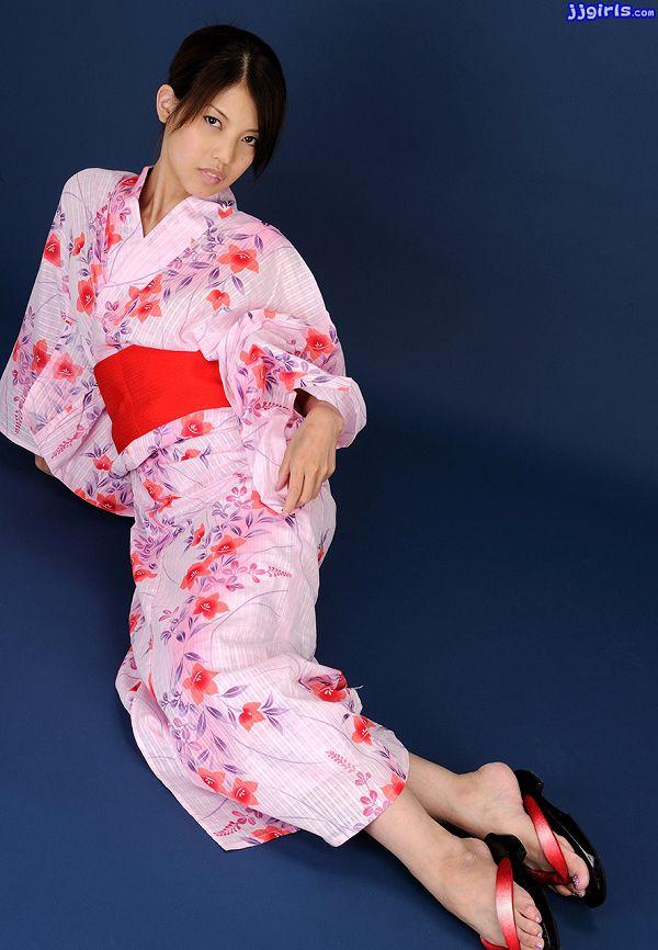 Natsumi Hinata日向夏見-037