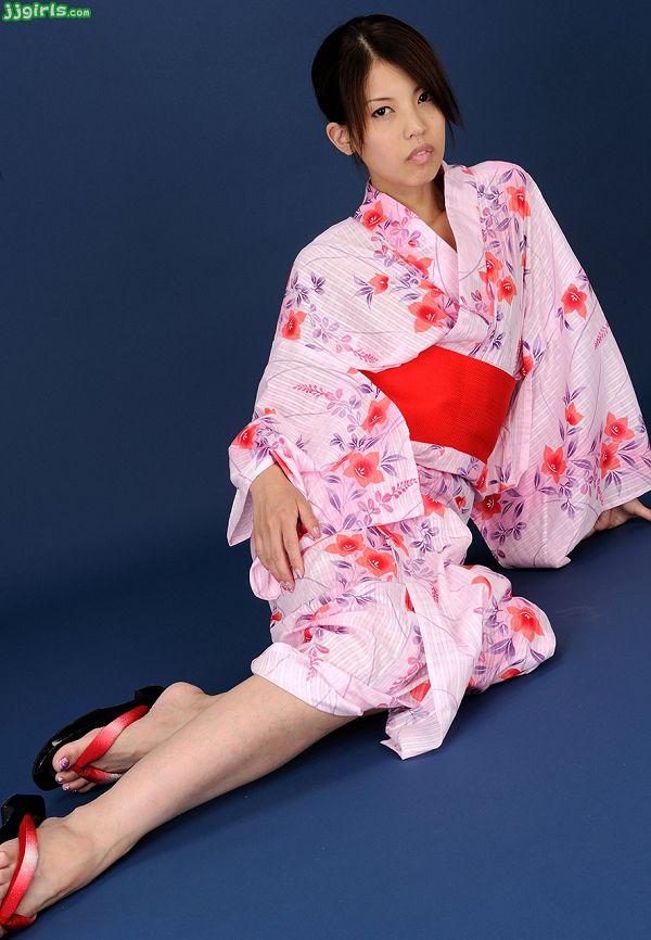 Natsumi Hinata日向夏見-036