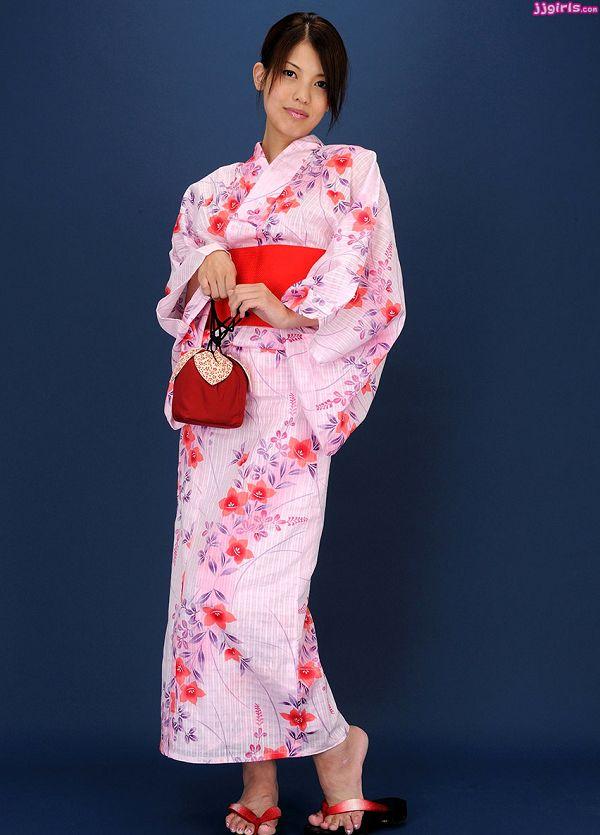 Natsumi Hinata日向夏見-039