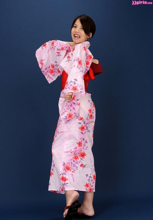 Natsumi Hinata日向夏見-041