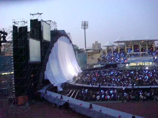 20080517五月天演唱會 (1).JPG